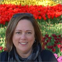 Leah Backus's profile image